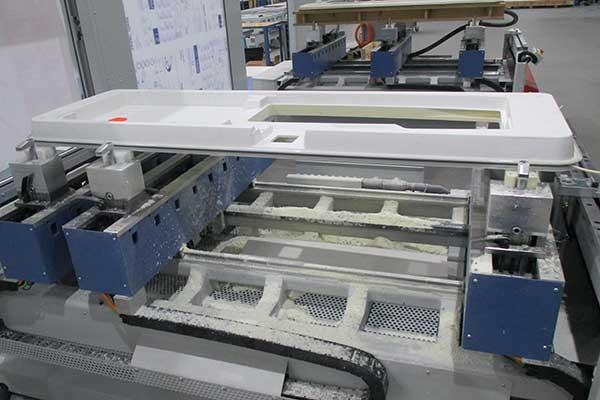 CNC-Maschinen für die Kunststoffbearbeitung